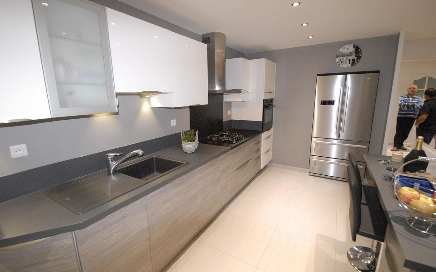art deko concept cuisiniste le pont de beauvoisin. Black Bedroom Furniture Sets. Home Design Ideas
